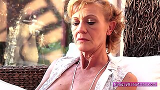 Granny s hairy pussy gets a fuck
