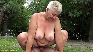 69 years old bbw grannie outdoor banged
